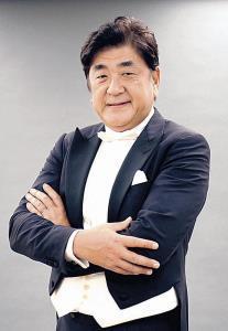 「サントリー 1万人の第九」で総監督・指揮を務める佐渡裕氏