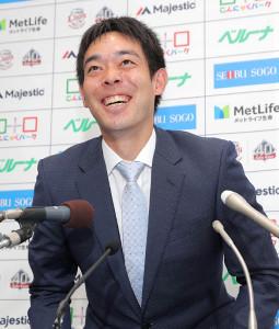 メジャー挑戦に関する質問を笑顔でかわした秋山翔吾
