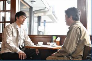 16日放送分で共演する阿部寛(左)と立川談春