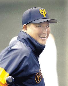 丸にエールを送った村田コーチ