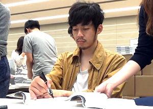MBSテレビ「OF LIFE」で作家としての顔をのぞかせる西野亮廣