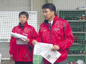 イベントの中心人物の大渕隆氏(右)と勝亦陽一氏