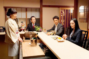 「相棒」元日SPに出演する(左から)鈴木杏樹、水谷豊、反町隆史、仲間由紀恵