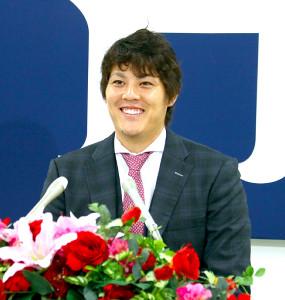 2400万円増に笑顔の広島・九里