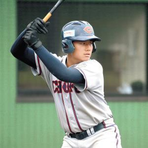 来春、早実に進学予定の調布シニア・清宮福太郎は右打ちの強打者だ