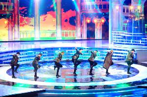 NHK紅白歌合戦のオープニングを華々しく飾った三代目J Soul Brothers。19年は15公演70万人の動員を見込む5大ドームツアーを行う