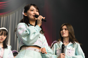 AKBグループからの卒業を発表した小嶋真子