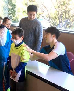 埼玉県SC新年ジュニアで2019年初レースを終えた瀬戸が、サイン会を行った