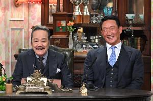 「探偵!ナイトスクープ」の収録に参加し、西田敏行(左)と共演した阪神の金本知憲前監督