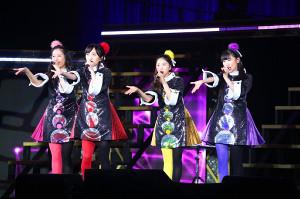 ファンを魅了したももいろクローバーZの(左から)佐々木彩夏、百田夏菜子、玉井詩織、高城れに