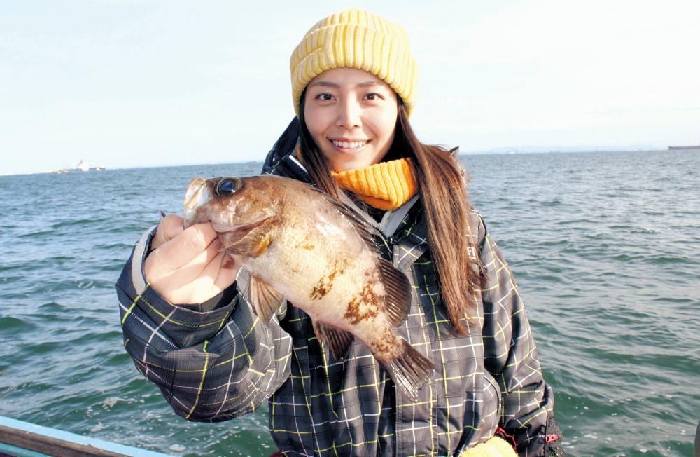 みらいちゃんが釣った26センチの良型黒メバル(伝寿丸で)