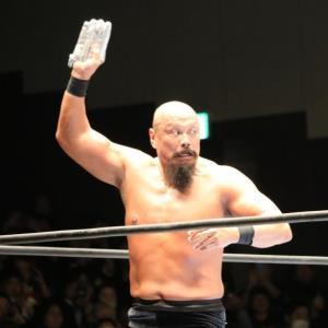 21日の引退試合で凶器のアイアンフィンガー・フロム・ヘルを手に最後の最後まで狂乱ファイトを展開した飯塚高史