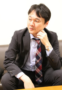 15年目の初昇級に万感の表情を浮かべる佐藤和俊六段