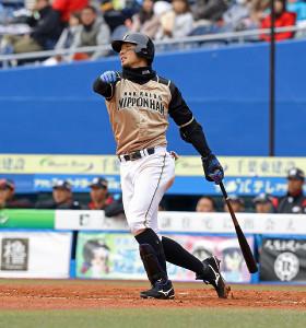 4回1死、左越えソロ本塁打を放った大田泰示(カメラ・頓所美代子)