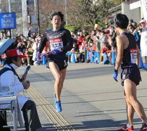 国士舘大6区・高田直也(左)