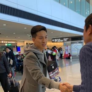 成田空港に帰国した日本代表MF小林祐希