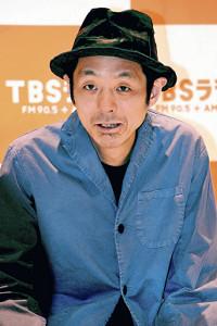 ピエール瀧容疑者逮捕後、初めて会見に姿を見せた宮藤官九郎氏