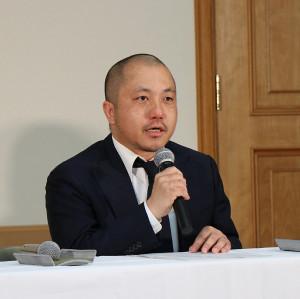 映画「麻雀放浪記2020」公開に関する会見に出席した白石和彌監督