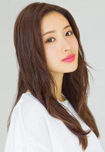 東京2020聖火リレー公式アンバサダーの女優・石原さとみ