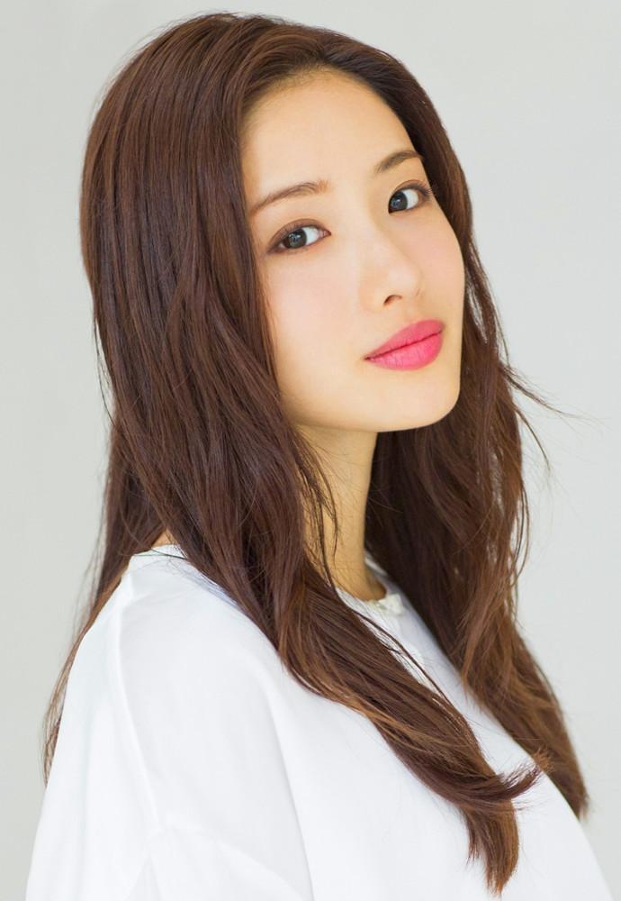 東京2020聖火リレー公式アンバサダーに就任した女優・石原さとみ