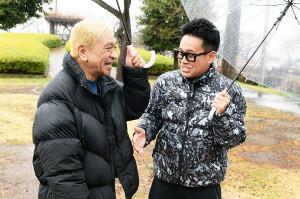 10周年を迎えた日テレ系「満天☆青空レストラン」のMC・宮川大輔(右)は松本人志とロケを行う