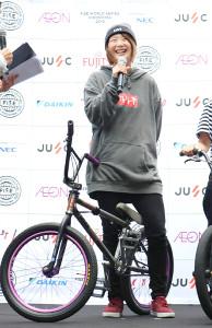 FISE広島大会カウントダウンイベントに出席した自転車BMXフリースタイル・パーク女子の大池水杜
