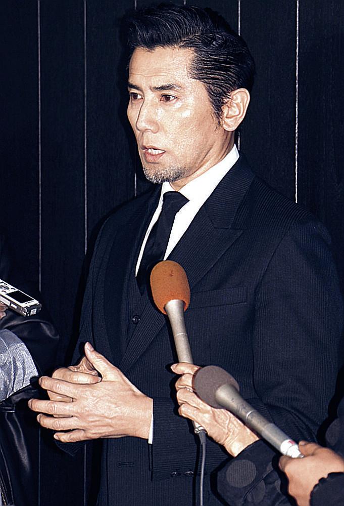 内田裕也さんをしのんだ本木雅弘