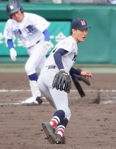 3回無死一、二塁、明豊・表悠斗に左前適時打を許した横浜投手・及川雅貴