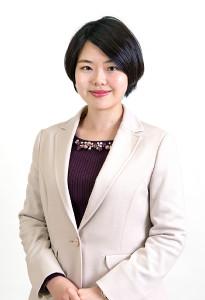 女流棋士に転向する加藤桃子奨励会初段