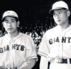 青田昇(左)と川上哲治