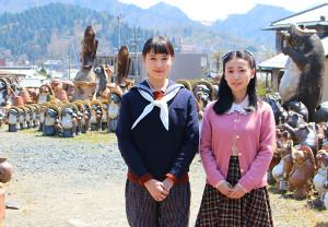 「スカーレット」ロケ地の信楽町で取材に応じた戸田恵梨香(左)と大島優子