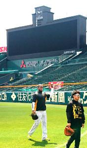 甲子園球場で調整したガルシア(カメラ・嶋田 直人)