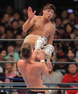 新日本プロレス再入団を発表した「ゴールデン☆スター」飯伏幸太