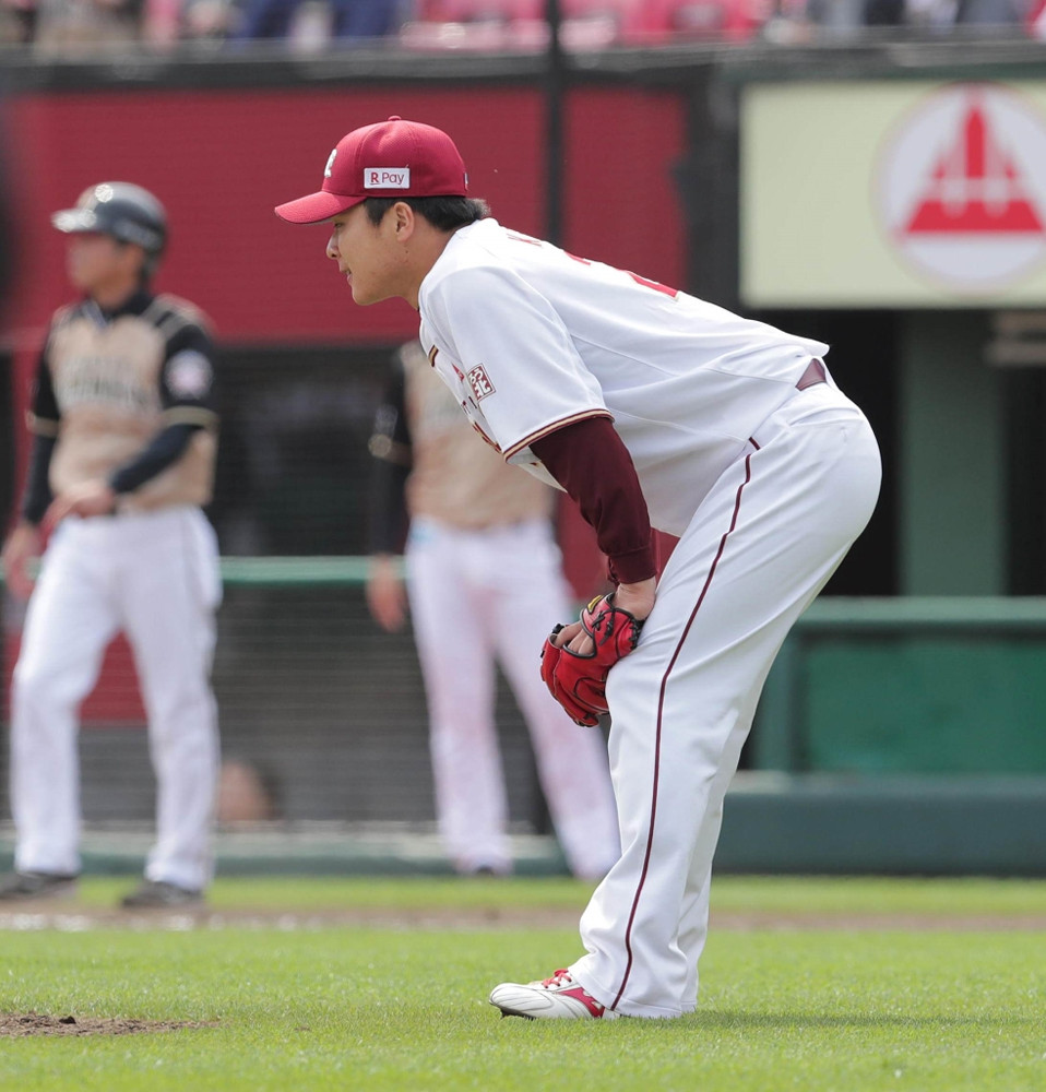 5回2死三塁、中島卓也に、中前適時打を浴びた釜田佳直