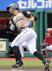 1回無死一塁、左越えに先制の7号2ラン本塁打を放った大田泰示   (カメラ・佐々木 清勝)