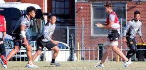 練習をするラグビー日本代表候補
