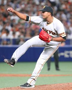6回1死満塁、打者・福田永将の場面から登板したアダメス(カメラ・馬場 秀則)