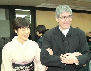 寺島しのぶと夫のローラン・グナシア氏