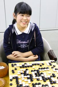 デビュー戦を飾れず苦笑いの上野梨紗初段