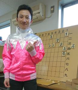 5月18日にJRA100勝を達成した難波剛健騎手