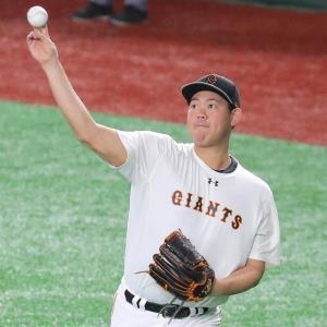 キャッチボールする山口俊(カメラ・生澤 英里香)