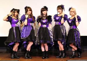 ファーストライブを行ったAdharaの(左から)新田ひより、野口瑠璃子、田中美海、三上枝織、吉田有里