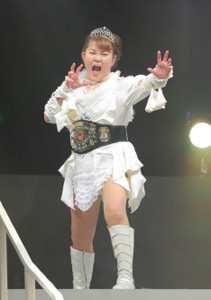 「山田邦子の門」女子プロレスラーを演じる山田邦子