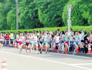 2部ハーフマラソンで青学大の吉田祐(右から4人目)が4位、竹石(同5人目)が8位とダブル入賞