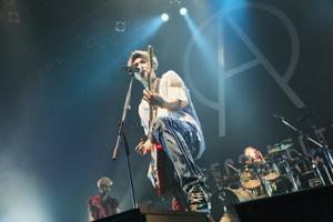 東阪ツアーの最終公演を行ったACE COLLECTIONのボーカル&ギター・たつや◎