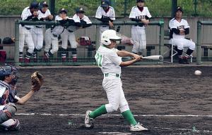 5回2死満塁、浜寺・松井が適時打を放つ