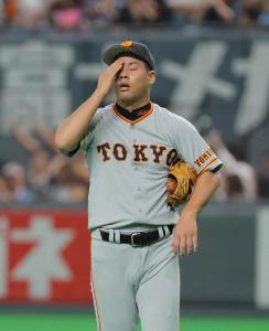 7回2死一塁、王柏融に勝ち越しの右越え2ラン本塁打を打たれた高木京介(カメラ・中島 傑)