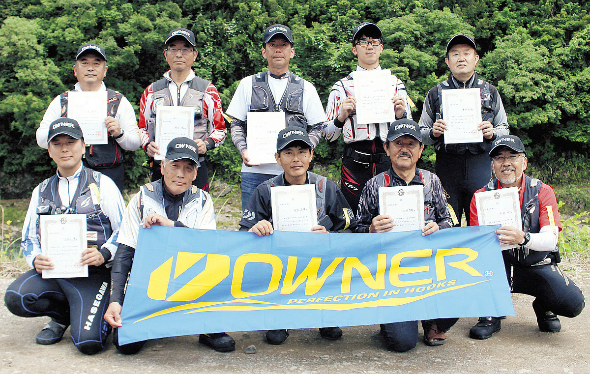 有田川予選を突破した(前列左から)長谷川、木下、坂本、松田、中村、(後列左から)辻、栃谷、多禰、西本、澤地の10選手