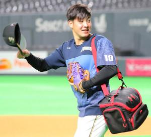 札幌ドームで練習を行った吉田輝