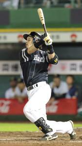 8回無死一塁、2ランを放った松田宣